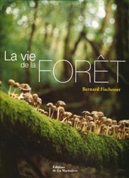 Souvent acheté avec The Woodbook, le La vie de la Forêt