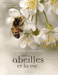 Souvent acheté avec Guide des papillons d'Auvergne, le Les abeilles et la vie