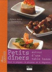 Dernières parutions dans Albums Larousse, Petit dîner autour d'une table basse