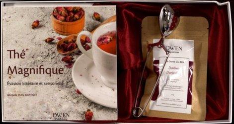 Dernières parutions sur Thé, Thé magnifique. Evasion littéraire et sensorielle, avec 1 cuillère à thé, 1 carré de satin, 1 sachet de 20g net de thé noir Darjeeling bio