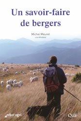Souvent acheté avec Composer avec les moutons, le Un savoir-faire de bergers