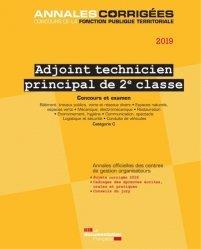 La couverture et les autres extraits de Technicien, technicien principal de 2e classe. Concours externe, interne et 3e concours spécialités I, Edition 2018
