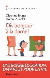 La couverture et les autres extraits de Escale à Montréal. 2e édition