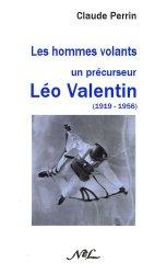 La couverture et les autres extraits de Le tour des Monts d'Arrée et la presqu'île de Crozon. Edition 2016