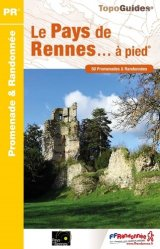 La couverture et les autres extraits de Volcans et lacs d'Auvergne