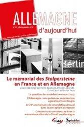 La couverture et les autres extraits de Petit Futé Lieux de mémoire en France
