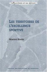 La couverture et les autres extraits de Provence Cote d'Azur entre terre et mer