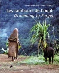 Les tambours de l'oubli