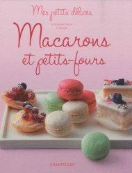 Macarons et petits-fours