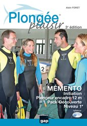 La couverture et les autres extraits de Découvrir la vie sous-marine Méditerranée