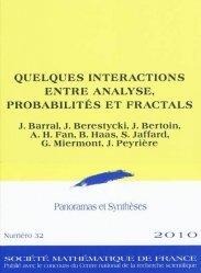 Quelques interactions entre analyse, probabilités et fractals