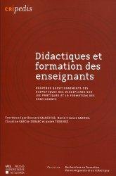 Regards des didactiques des disciplines sur les pratiques et la formation des enseignants