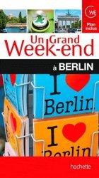 La couverture et les autres extraits de Un grand week-end à Prague . Edition 2015