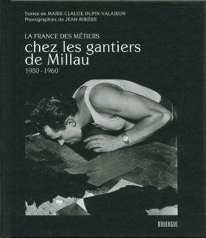 Chez les gantiers de Millau - rouergue editions - 9782812605550 -