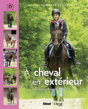 Coffret : À l'aise en carrière et en balade - glénat / cheval magazine - 9782344004043 -