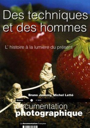 L'histoire à la lumière du présent - La Documentation Française - 3303331280460 -