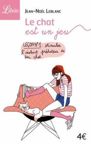 Le chat est un jeu - librio - 9782290054413 -