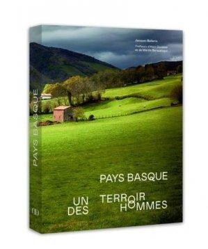 Pays basque - lec - 9782379450211 -