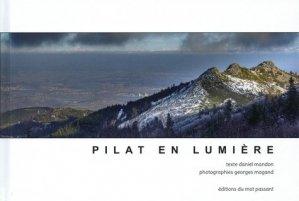 Pilat en lumière - Mot Passant - 9782357920781 -