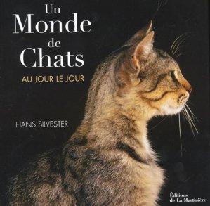 Un monde de chats au jour le jour - de la martiniere - 9782732438047 -