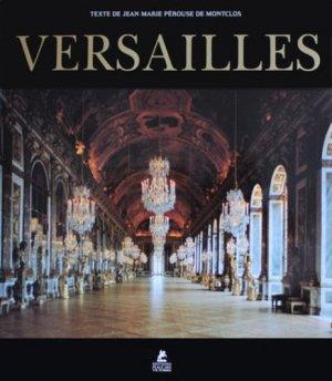 Versailles - place des victoires - 9782809914177 -