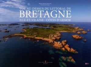 Vol au-dessus du littoral de Bretagne. Ille-et-Vilaine - Côtes-d'Armor, Edition bilingue français-anglais - big red 1 - 9782919257195 -