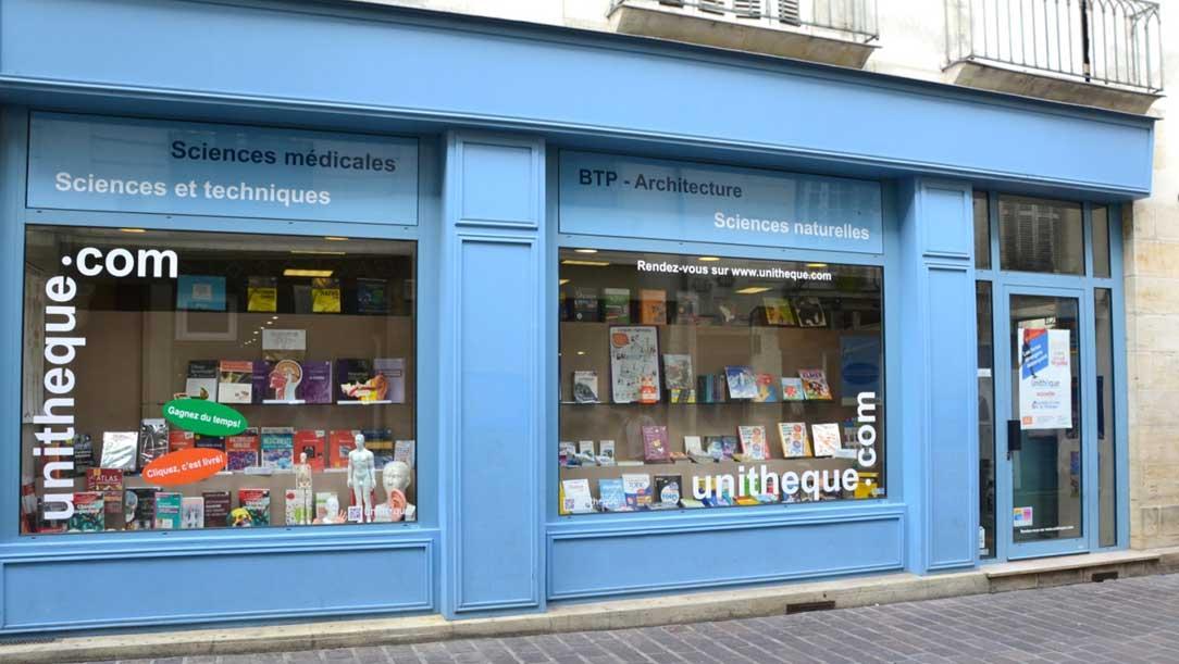 Vitrine librairie Tours Unitheque, 37000 Indre et Loire